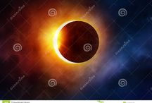 August, the 21st, the next total solar eclipse is just around the corner. / The next total solar eclipse is just around the corner. Prepare your gear and your eye protection. We are waiting your great photos!