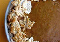 Food - Thanksgiving Day / by Josie Munro