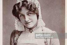 Ladies edwardian cap