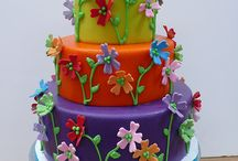 Awesome Designer Cakes / by Tiffany Hardy