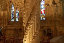 Rosslyn Chapel, Roslin, Near Edinburgh / Visitors to Edinburgh often take a trip to Rosslyn Chapel, some 8 miles from the city centre and easily accessible by public transport.