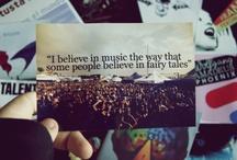 Music ♪ / Music makes the world go round.