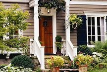 Curb Appeal and Exteriors / by Kim Delie (Pellett)