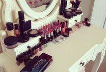 Make Up Schrank