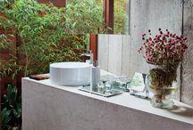 Banheiros / Banheiros, bathrooms / by Astrid Albuquerque