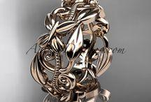 Rose gold rings/earrings/pendants