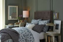 Bedroom Ideas / by Erin Parker Raub