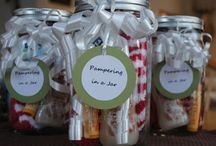 Homemade Gift Ideas / by Lyndsay Wells