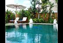 Villa Krisna  2 Bedrooms Seminyak Private Villa / Bali Luxury private Villa Koala is a 2 Bedroom Villa + 1 office room which can be converted to a 3rd bedroom. The two bedrooms are en-suite with queen-size bed, the office can be used as a single luxury bedroom.