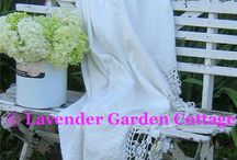 Cottage Garden Style / Cottage Style in the Garden!