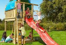 *** Dětská hřiště ***  / Dětská hřiště Jungle Gym již obsahují vše potřebné k sestavení kompletního dětského hřiště na zahradu. Nakrácené dřevo, pískoviště, skluzavky i montážní sady jsou součástí každého balení. Je to jednoduché, zvládnete to sami!