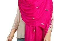 Buy Stoles & Wrap Online For Women at  Tarusaworld.com / Shop designer stoles & wraps online in India at Tarusaworld.com. We have a huge collection of printed Stoles & wraps available at the best prices