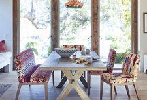set masa si scaune sau bancute