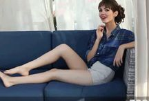 Victoria Justice legs / Victoria Justice beautiful legs