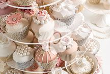 Sweets and treats / Cakes, cupcakes, tarts,