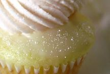 Sweet treats / cakes, cookies, brownies, pies, deserts....you get the idea / by Anna