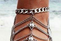 foot accessorize