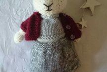 Christmas bunnies / Knitted Christmas Bunnies