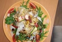 Salads made simple / Salads and light food everyone can make and enjoy!