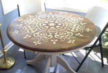 mesa con mandala