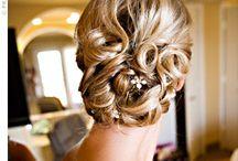 Fryzury ślubne i na wesele