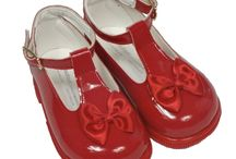Baby Girls Shoes / We introduce you to our selection of girls shoes for newborns and upwards.