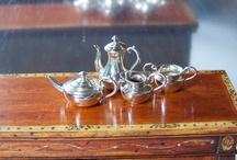 Miniature - Kitchen Essentials & Dinnerware / table ware for kitchen & diningroom, kitchen gadgets, cook books, utensils / by Kundry