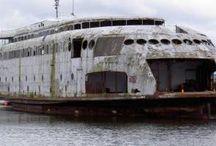 Ships boats