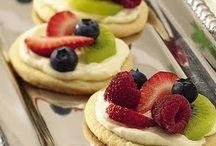 Food/Healthy Treats / Healthy dessert recipes.