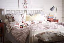 Inspiracje: sypialnia w stylu folk / http://www.dobrzemieszkaj.pl/sypialnia/89/inspiracje_sypialnia_w_stylu_folk,101018.html   Autor: Elżbieta Ławreniuk