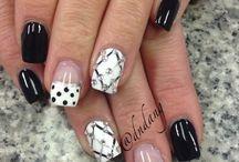 Nails: Nero e Bianco