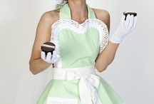 Awesome Aprons/Pinnies / by Cakesphtoslife Angie
