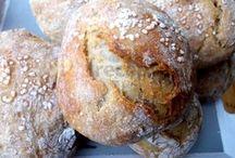 AA chleba a housky