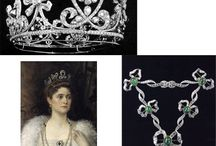1Emerald Jewels