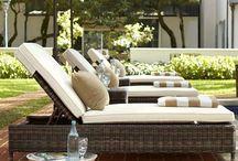 Backyard Ideas / seating chase lounge