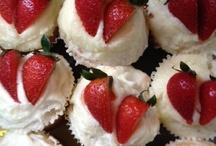 Desserts / by Tina Katz