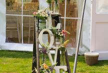 Wedding Venue Styling / Flowery ways to make your wedding day super stylish
