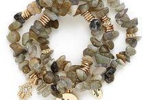 chip stone bracelete