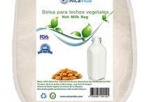 Leches vegetales sin lactosa y rica en vitaminas y minerales  para la dieta alcalina / Bolsa para crear tus propias leches vegetales .