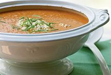 Healthy SOUP & STEW Recipes / A melting pot of comforting soups, stews and such with a healthier spin. You'll find healthy recipes for chili, broth, etouffee,  gumbo, gazpacho and more - includes vegetarian, vegan and dairy-free soups.