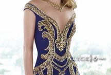 Blizzard sensations evening dresses / Beautiful Evening and prom dresses.