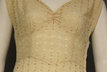 1930 Vintage Women Gowns & Dresses / Women fashion from 1930, gowns, dresses, suits.