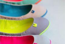 :: Colour ::