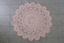 alfombras trapillo / Decoración para el hogar. Fundas de cojín, alfombras, mantas...