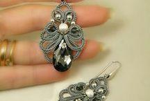 bijouxs de frivolité