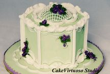 Cakes with royal icing design