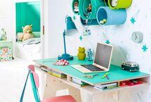 Gyerekszoba íróasztalok