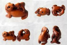 Animal Beads > Sealife Other / Hand carved natural gemstone and boxwood beads.