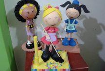 Bonecas em EVA