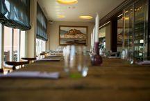 Aura Restaurante / Descubre la última incorporación a nuestra oferta de restauración: Aura Restaurante ubicado en el Centro Comercial Oliva Nova. Cocina mediterránea a la altura de los paladares más exigentes.
